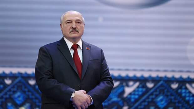 Президент Белоруссии рассказал, что относит себя к деревенским людям
