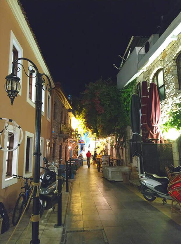 Мармарис: что нужно знать перед поездкой. Турецкий курорт, который больше напоминает Грецию