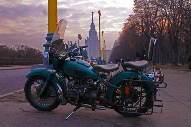 Советский мотоцикл Урал М 62, который мог догнать любую машину или мотоцикл