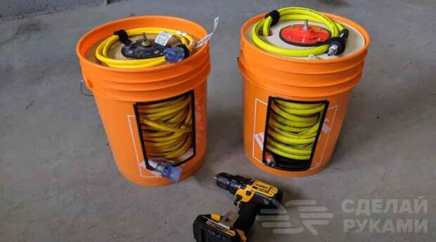 Переносная катушка для электрокабеля из пластикового ведра