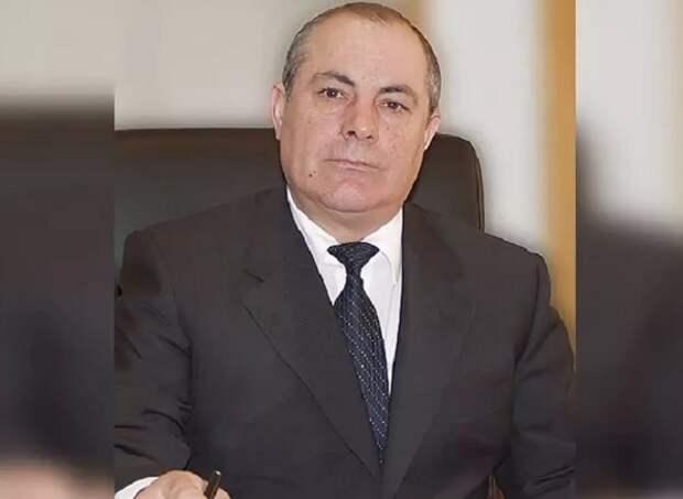 Члены комиссии по этике ЕР исключили из партии оскорбившего малоимущих депутата