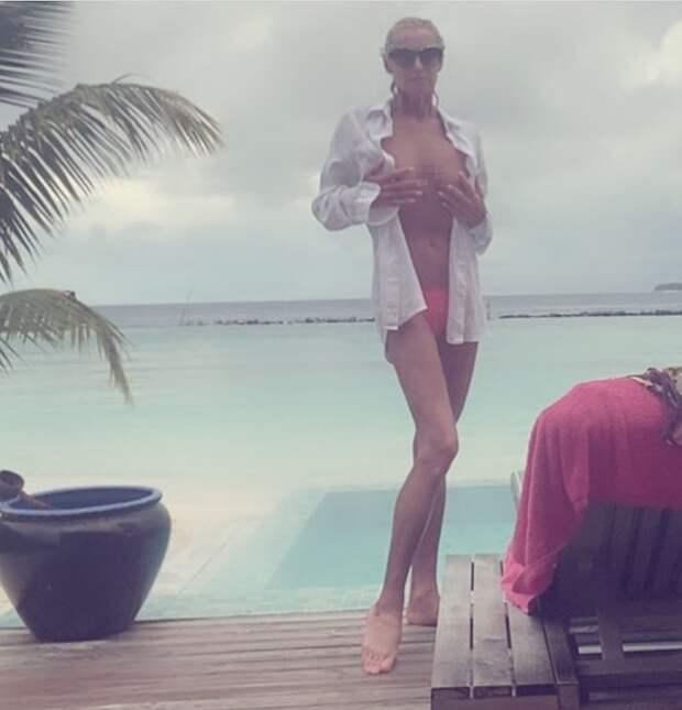 """""""Зачем такое показывать!"""": Анастасия Волочкова вызвала оторопь новым фото"""