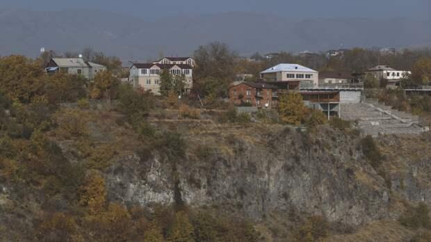 Ереван потребовал вывода азербайджанских войск из Сюникской области