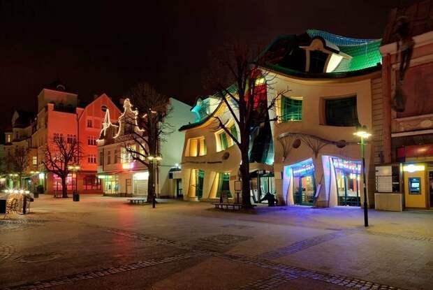 10 удивительных домов, построенных шутниками-архитекторами