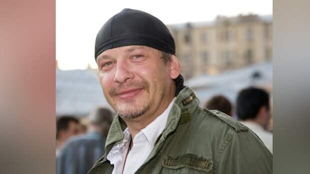 Друг покойного Марьянова сообщил о разорении квартиры актера его родственниками