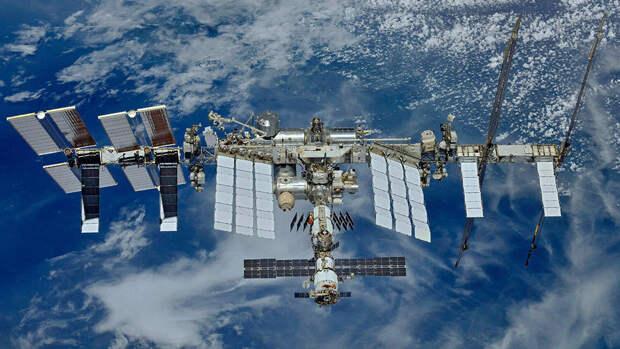 Россия может покинуть МКС в 2025 году и запустить свою станцию
