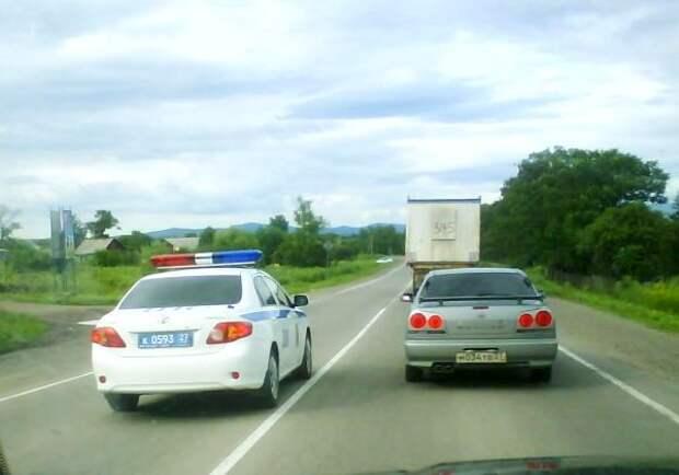 Можно ли привлечь сотрудника ГИБДД к ответственности, если на дороге он нарушил ПДД?