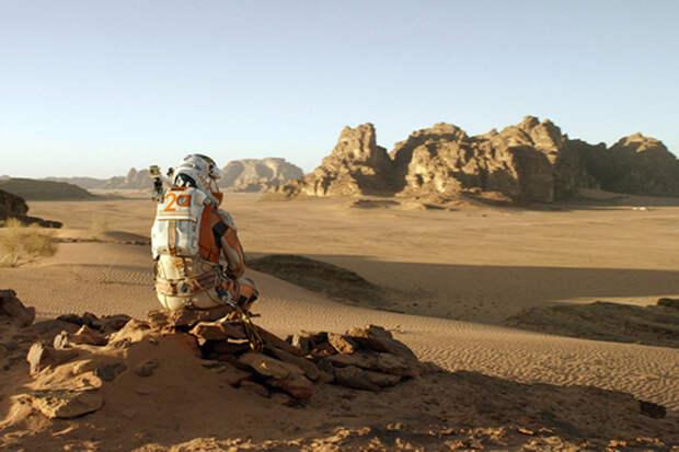 Умерших в полете к Марсу астронавтов съедят их собственные коллеги