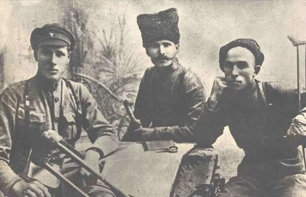 25-я стрелковая под Уральском. В 4-х частях