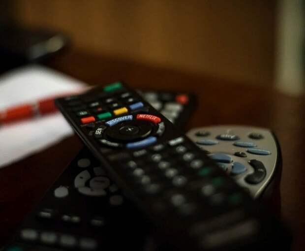 Три телеканала прекратили вещание на Украине из-за санкций