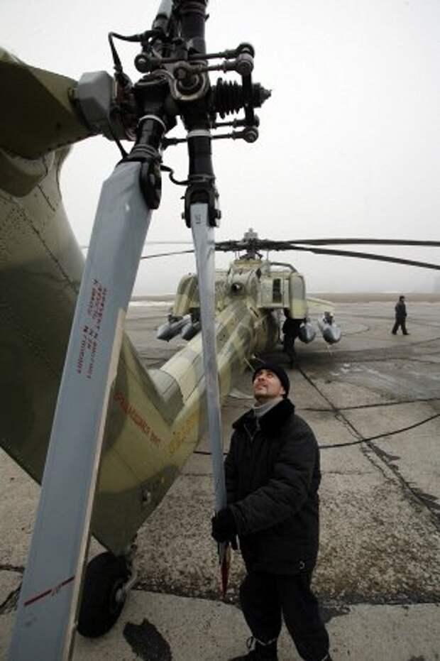 """""""Ночные охотники"""" и """"Аллигаторы"""": российские боевые вертолеты"""
