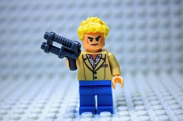 Подросток с ружьём из Лего устроил переполох в Германии