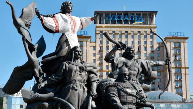 Киев заявил, что празднование Дня Победы под угрозой срыва