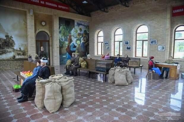 Восстановленное в парке здание ташкентского вокзала