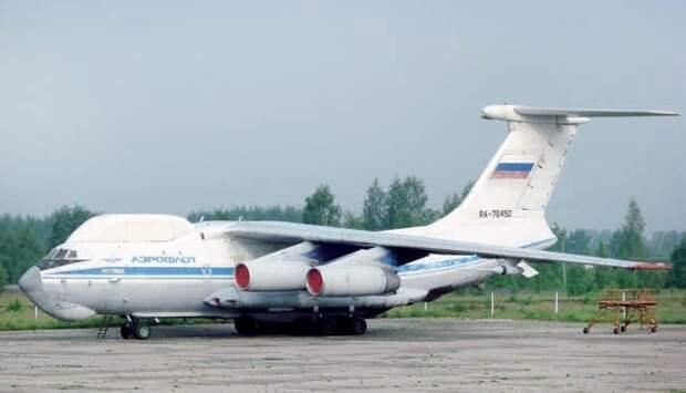 транспортный самолет, военный самолет ил-76, окб ильюшина