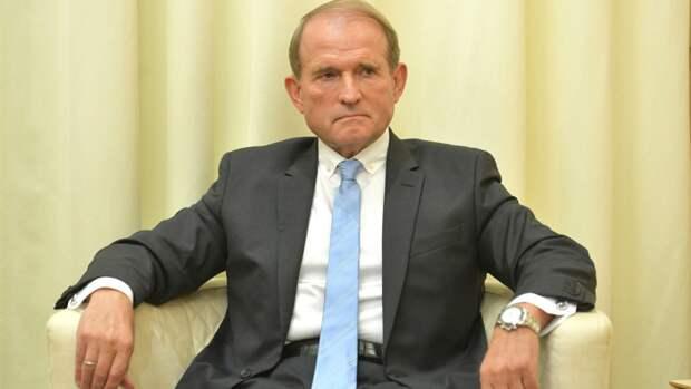 Печерский суд Киева избрал меру пресечения Виктору Медведчуку