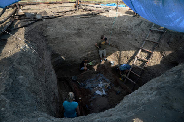 Греция откроет загадку гробницы времен Александра Македонского