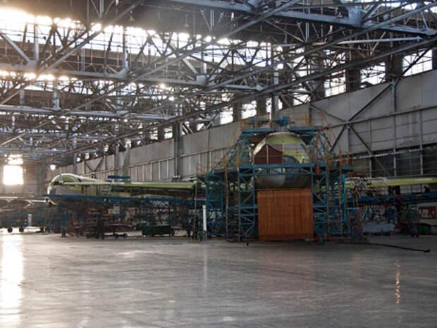 Как полагают эксперты, Казанский авиазавод всё еще может вновь перейти на серийное производство Ту