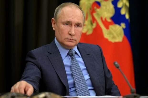 Путин поручил повысить требования к выдаче гражданского оружия
