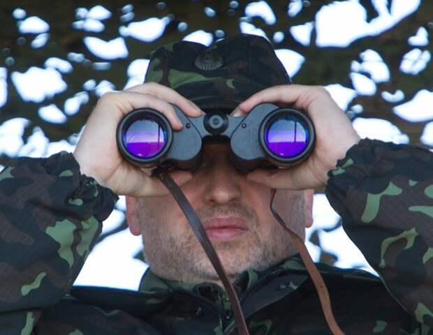 Слова Турчинова о 52 000 российских солдат на границе вызвали панику в Верховной Раде