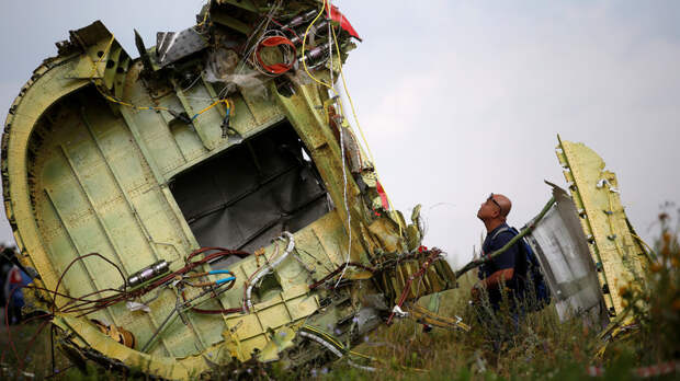 Экс-сотрудник СБУ назвал причастных к крушению Boeing на Украине