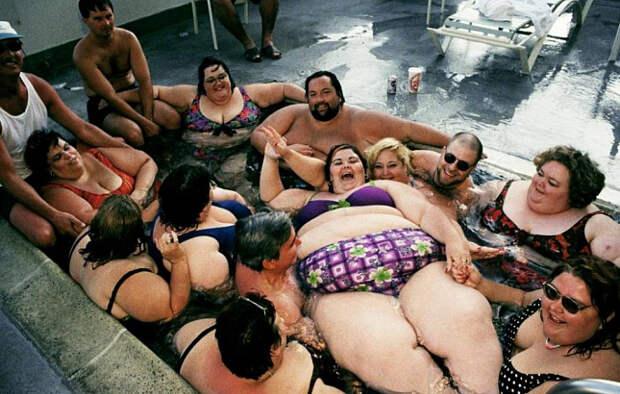 Три толстяка: Россияне стремительно толстеют. Москвичи - в лидерах