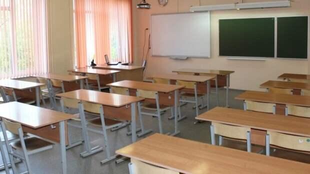 Пермский школьник порезал учительницу