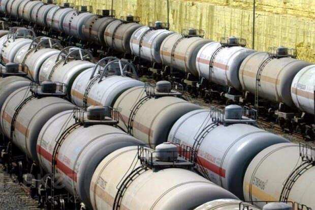 Экспортная пошлина на российскую нефть немного повысилась