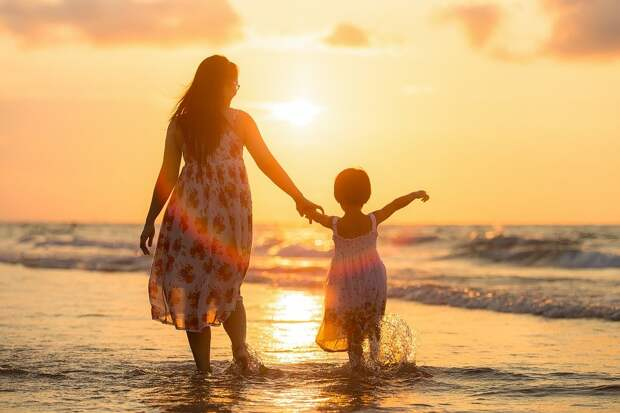 Взрослый, Мама, Дочь, Пляж, Дети, Вечер, Семья, Девочка
