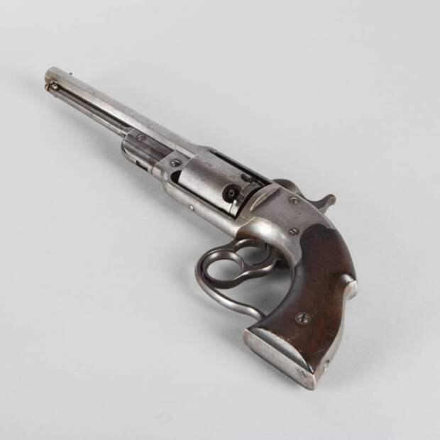 Револьвер «Саваж»: реальный конкурент кольтовских револьверов