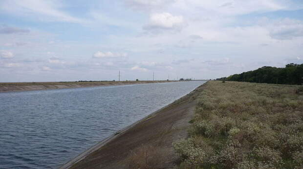Северо-Крымский канал начал получать днепровскую воду