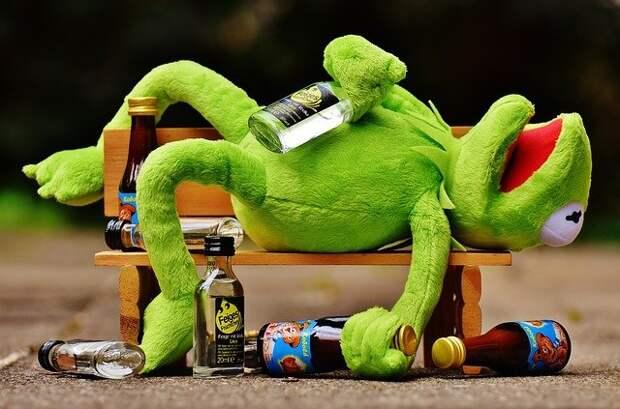 Рецидивист с Братиславской продал подростку алкоголь