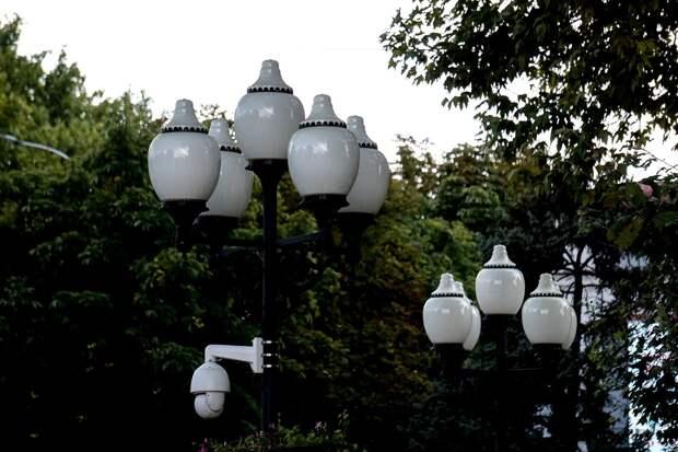 «Хоть в Калифорнии не заказали»: Аксёнов в недоумении, зачем в Евпатории хотят установить светильники из Польши