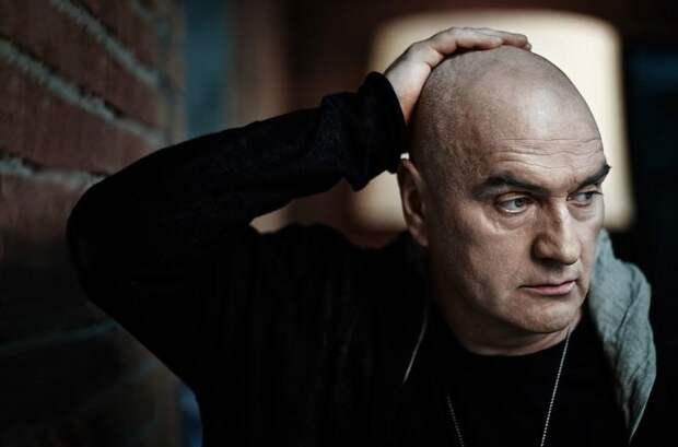 «Я перестал стесняться того, что я русский»: Александр Балуев о причинах отказа от работы в Голливуде
