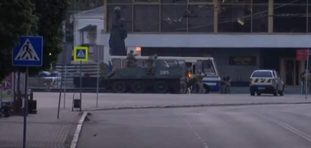 Захваченные террористом в украинском Луцке пассажиры автобуса освобождены