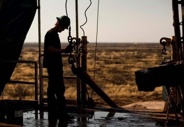 Добыча нефтяники США