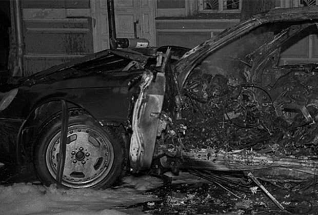 Взорванный Mercedes Сергея Тимофеева