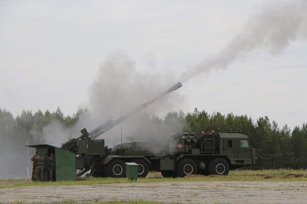 Новейшие артиллерийские системы продемонстрировали на полигоне Смолино