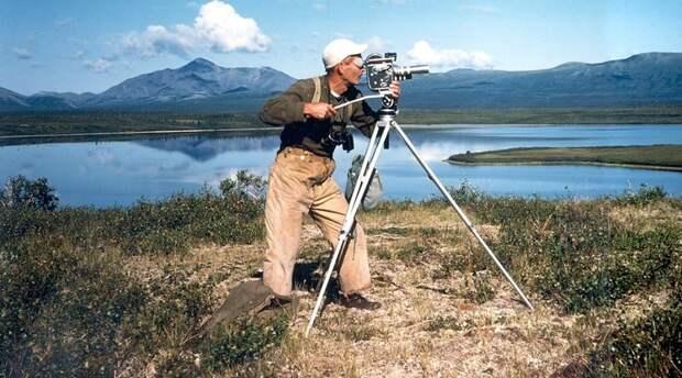 Мужчина возвел дом в горах Аляски и прожил там счастливые 30 лет в полном одиночестве