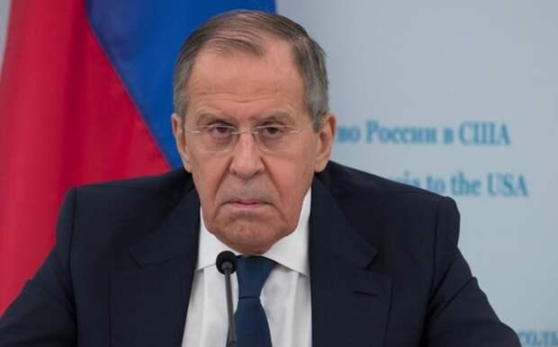 Лавров предупредил Берлин и Париж, что РФ изменит «свои действия» в Донбассе