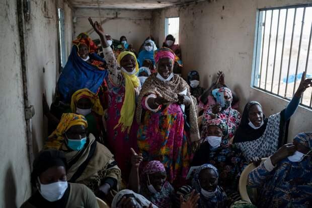 Сенегальские женщины находят новую надежду в рыбной ловле