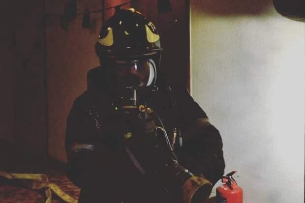 В квартире в Юрловском проезде горели вещи