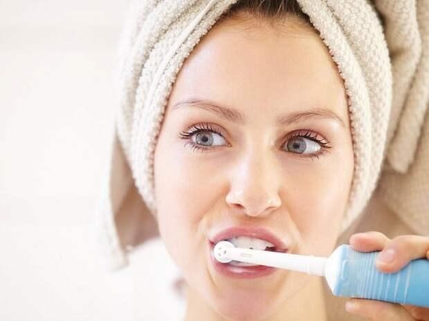 Три чистки зубов в день защитят от диабета