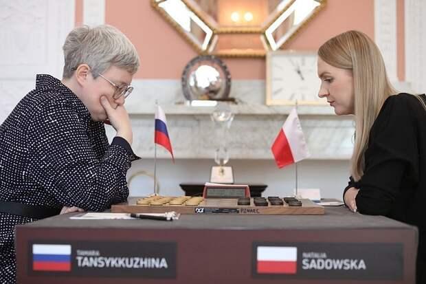 Чемпионка Тамара Тансыккужина объяснила, почему приняла извинения поляков за удаление флага РФ