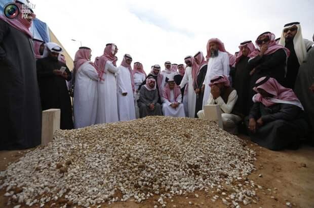 Похороны  Абдаллы ибн Абдул-Азиза