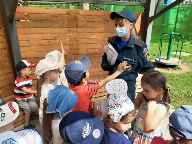 Спасатели напомнили о важности обучения детей основам безопасности
