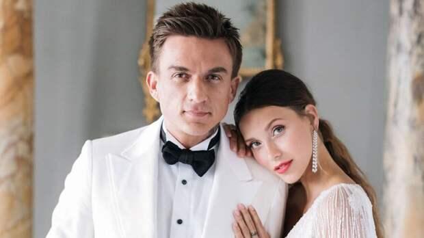 Певец Влад Топалов напугал поклонников тревожными кадрами из больницы