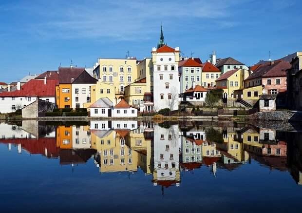 Генпрокурор Чехии все же ушел, расследование взрывов в Врбетице доведут без него